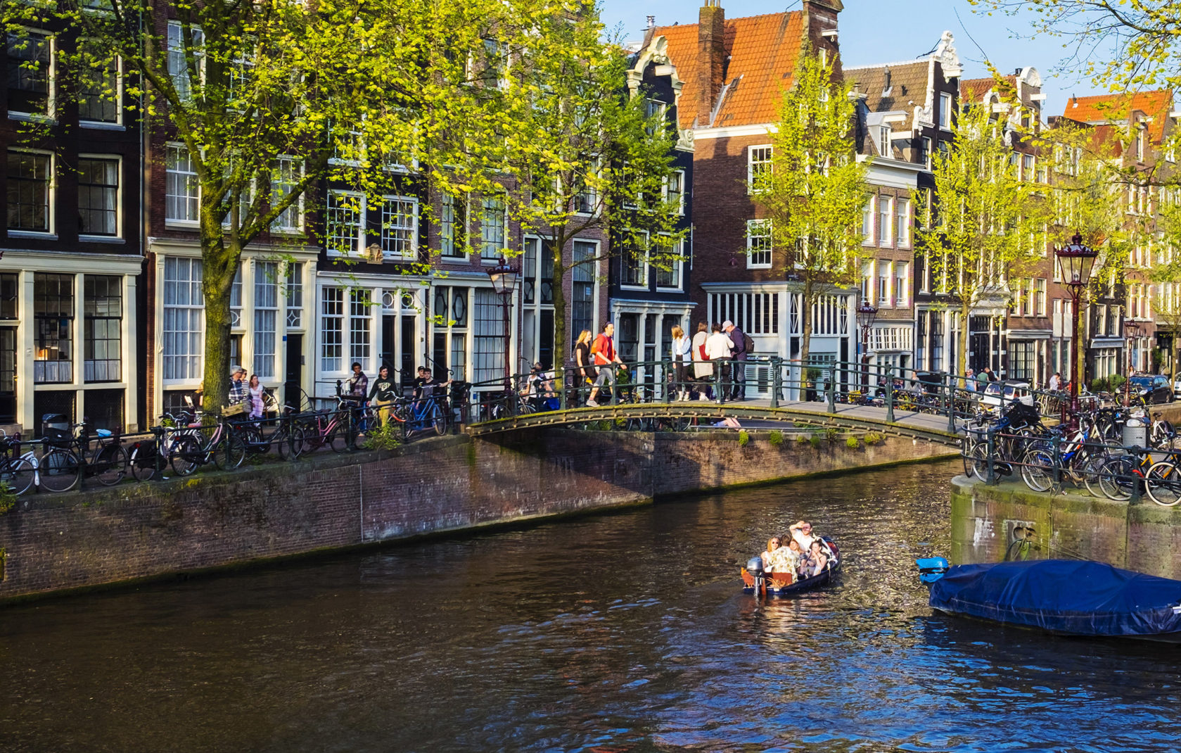 The ring of canals the heart of amsterdam ifly klm magazine for Herengracht amsterdam